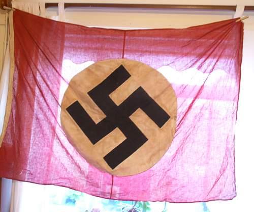 Is this flag original? NEW PHOTOS