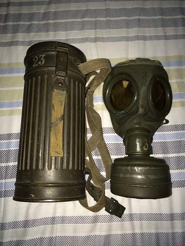 M30 Gasmask/Canister