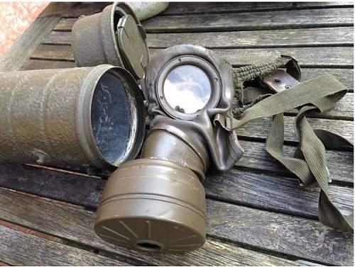 Gas mask ?