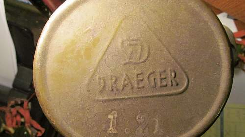 Info needed on Draeger gas mask container??