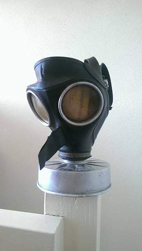 A new Volks / Luftschutz gas mask for my collection.