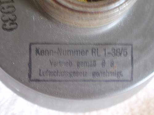 Click image for larger version.  Name:Dräger-Kampfstoff filter 455_ 7.jpg Views:35 Size:144.6 KB ID:718276