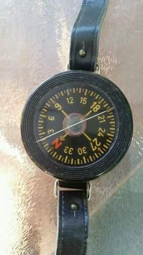 first model ww11 german luftwaffe pilots wrist compass