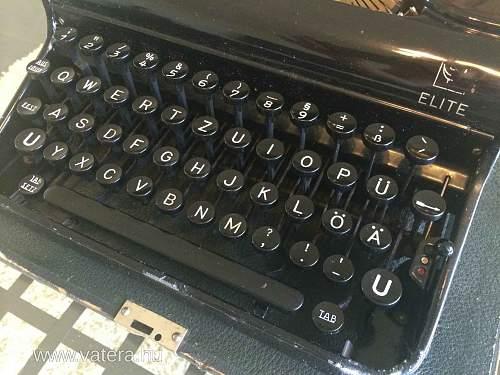 SS Typewriter mint condition
