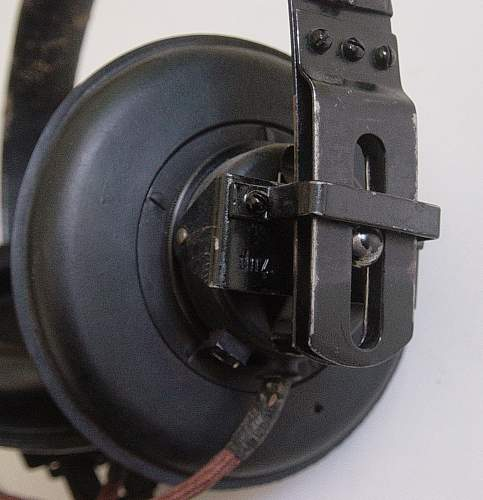 Click image for larger version.  Name:Headphones 003.jpg Views:164 Size:219.1 KB ID:74164