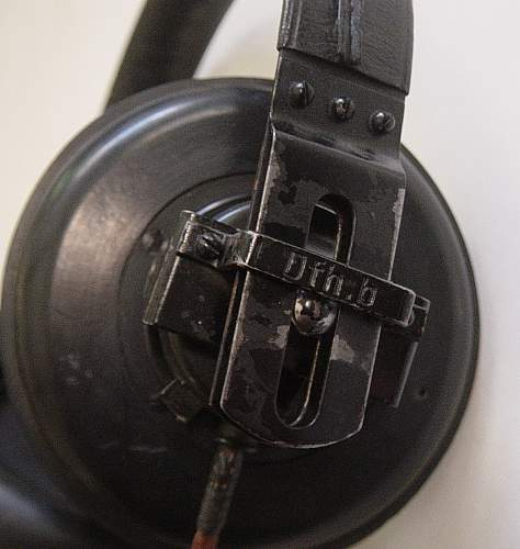 Click image for larger version.  Name:Headphones 004.jpg Views:151 Size:198.4 KB ID:74165