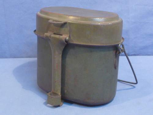 1943 dated Steel mess kit