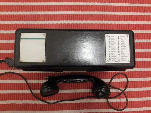 FF33 Telephone