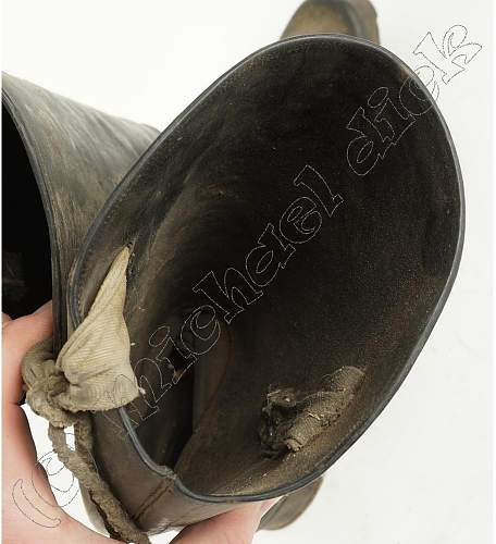 HELP!! are these german ww2 boots?