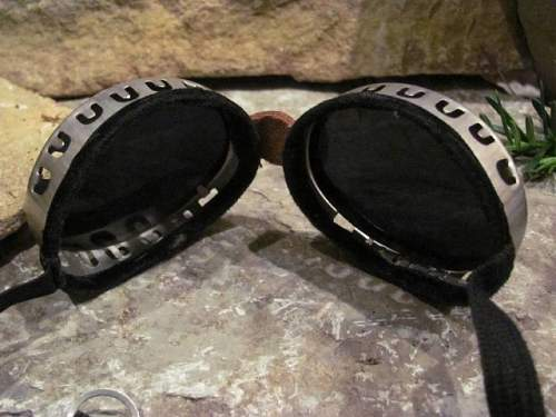 Goggles, Glasses & Optics from the (WWI & WWII) Period