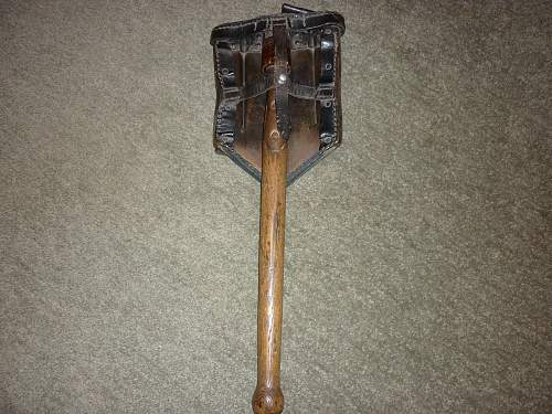 Entrenching Tool - opinions please