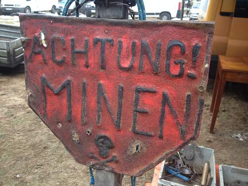 Achtung Minen sign opinions