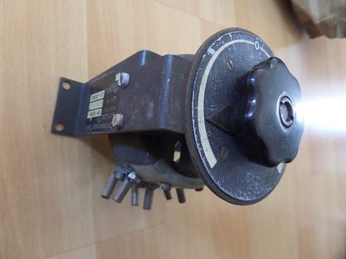 Unknown German radio control knob