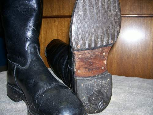 Click image for larger version.  Name:Boots 003.jpg Views:61 Size:224.2 KB ID:786258