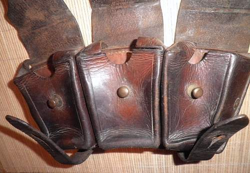 Curious ammo pouch-similar to K98