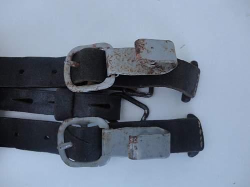 ww2 german Y straps...legitamate?