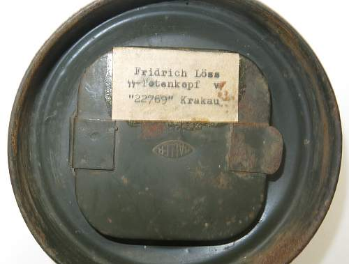 Click image for larger version.  Name:WW2 Gas Mask & Cannister 005.jpg Views:85 Size:214.8 KB ID:850870