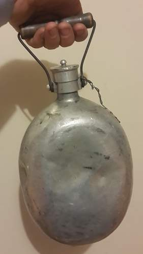 STRANGE  Feldflasche with Carrying- Handle, marked ESB41???
