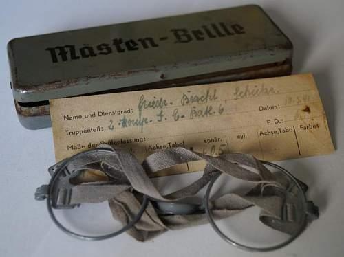 Masken-brille
