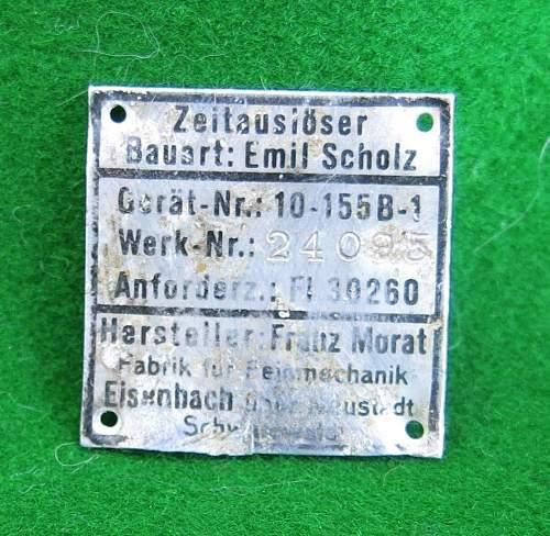 Luftwaffe parachute timing data plate