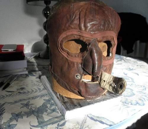 Face mask, luftwaffe?