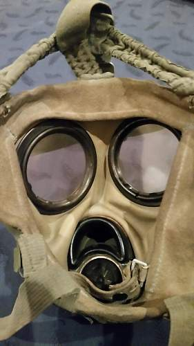 German Early Gas Mask and Canister