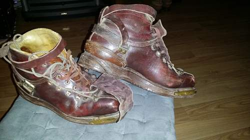WW2 ski boots?