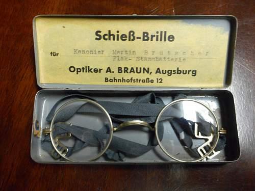 Dienst-Brille mint