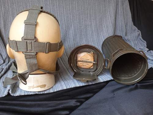 Help with gas mask identification