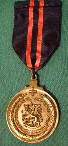 Click image for larger version.  Name:my%20Finnish%20Commemmorative%20Medal%20of%20the%20Winter%20War%20for%20Swedish%20Volunteers%20w.jpg Views:39 Size:197.1 KB ID:1007735