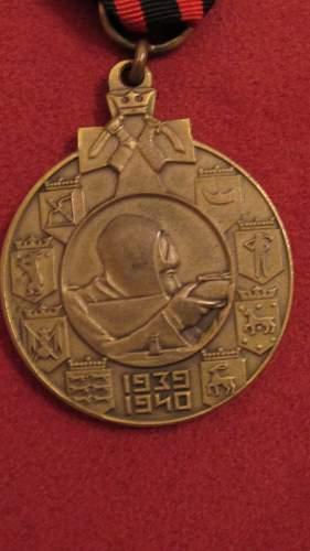 Click image for larger version.  Name:Talvisodan muistomitali ulkomaalaiselle (pronssinen)4.jpg Views:11 Size:93.1 KB ID:1009413