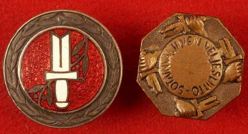Click image for larger version.  Name:Finnish Civil Guard wound badges front.jpg Views:188 Size:35.1 KB ID:345571