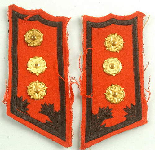 Click image for larger version.  Name:FINNISH FIELD ARTILLERY OFFICER COLLAR TABS.jpg Views:136 Size:41.8 KB ID:396354