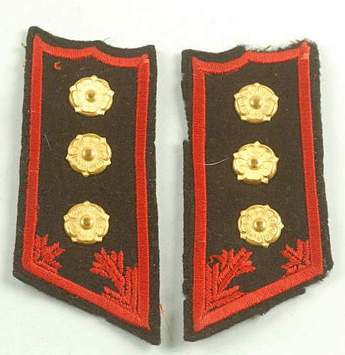 Click image for larger version.  Name:Finnish Costal Artillery Officer collar tabs.jpg Views:301 Size:37.1 KB ID:396355
