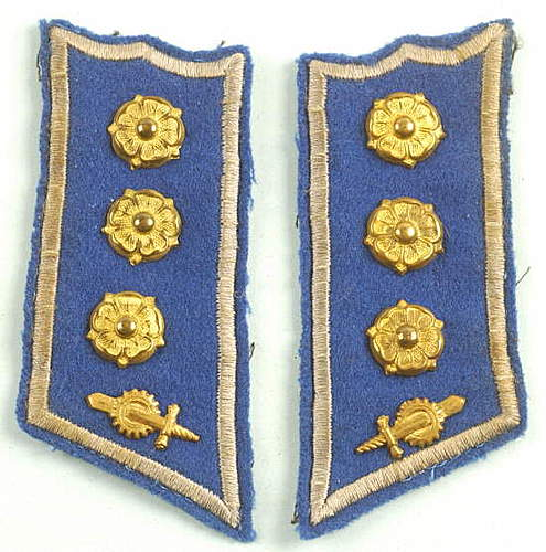 Click image for larger version.  Name:FINNISH GUARDS OFFICER COLLAR TABS.jpg Views:781 Size:51.3 KB ID:396357