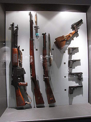 Click image for larger version.  Name:Swedish Volunteer Corps weapons.JPG Views:531 Size:44.1 KB ID:396837
