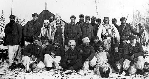 Click image for larger version.  Name:swedish volunteers in Finland.jpg Views:1478 Size:103.5 KB ID:396858