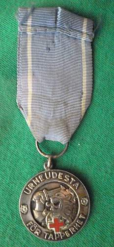 Click image for larger version.  Name:my Finnish Medal of Liberty 1st Class with Red Cross front 1941 (hallmarked, only 350 issued) fr.jpg Views:168 Size:251.5 KB ID:409330