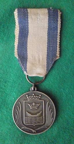 Click image for larger version.  Name:my Commemorative Medal  for the Capture of Helsinki (Helsingin valloituksen muistomitali) medal .jpg Views:152 Size:251.7 KB ID:413981