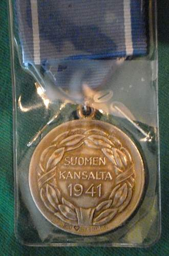 Click image for larger version.  Name:my Finnish Medal of Liberty 1st Class 1941 back.jpg Views:136 Size:226.2 KB ID:424328