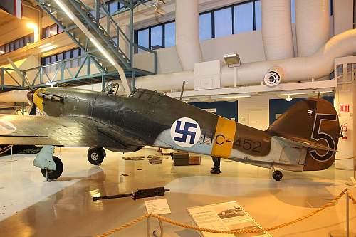 Click image for larger version.  Name:1280px-Hawker_Hurricane_Mk_I_HC-452_Keski-Suomen_ilmailumuseo_03.JPG Views:184 Size:211.7 KB ID:990567