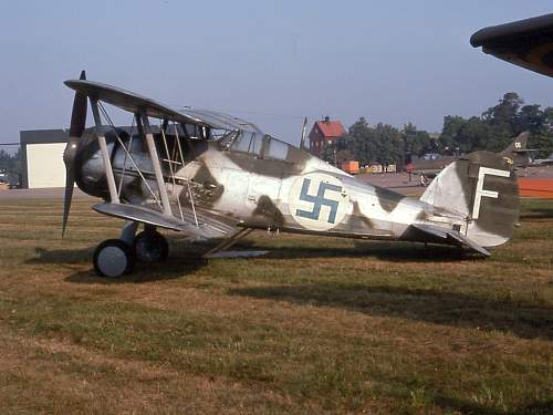 Click image for larger version.  Name:Gloster_Gladiator,_J_8.jpg Views:10 Size:229.0 KB ID:990587