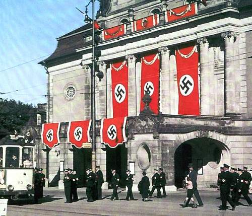 Click image for larger version.  Name:Swastika2.jpg Views:4547 Size:69.0 KB ID:125526