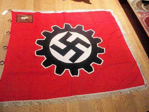 Click image for larger version.  Name:DAF FLAGS 001.jpg Views:314 Size:127.7 KB ID:195707