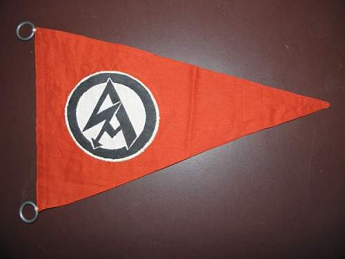 3 pennants for opinions please
