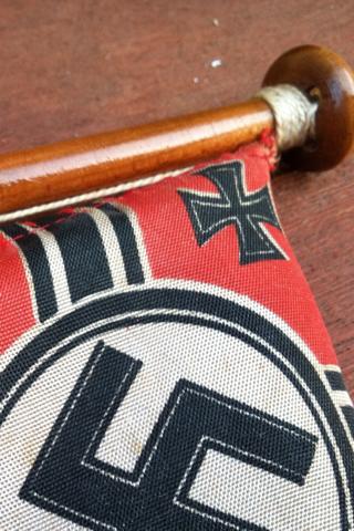 Reichskrieg Desk Flag for Review