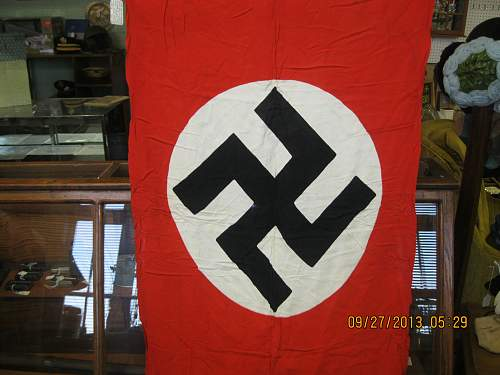 Antique shop German navy jack, look good to you? Looks good to me.