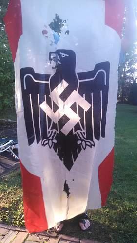Click image for larger version.  Name:germanflag.jpg Views:134 Size:311.2 KB ID:759500