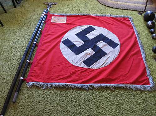 Click image for larger version.  Name:WW2 NAZI PARTY PARADE FLAG 1-1.jpg Views:1017 Size:236.5 KB ID:787505
