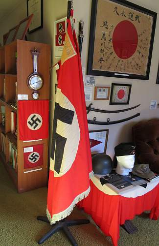 Click image for larger version.  Name:WW2 NAZI PARTY PARADE FLAG 1-20.jpg Views:421 Size:220.6 KB ID:787964